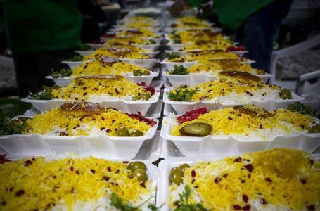 توزیع غذای گرم بین نیازمندان تهران در ایام فاطمیه