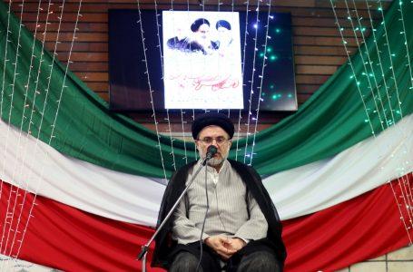 گزارش تصویری بزرگداشت چهل و دومین سالروز پیروزی انقلاب اسلامی ایران